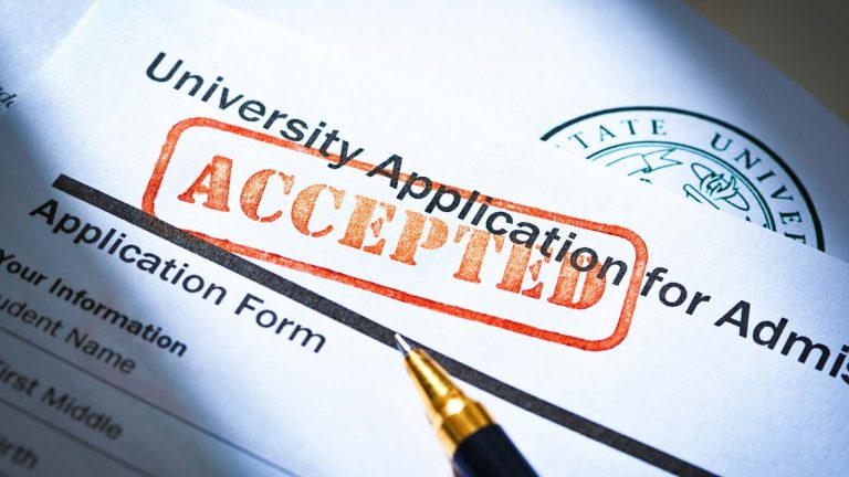 6 Important Requirements to Get an Acceptance Letter from a Canadian School